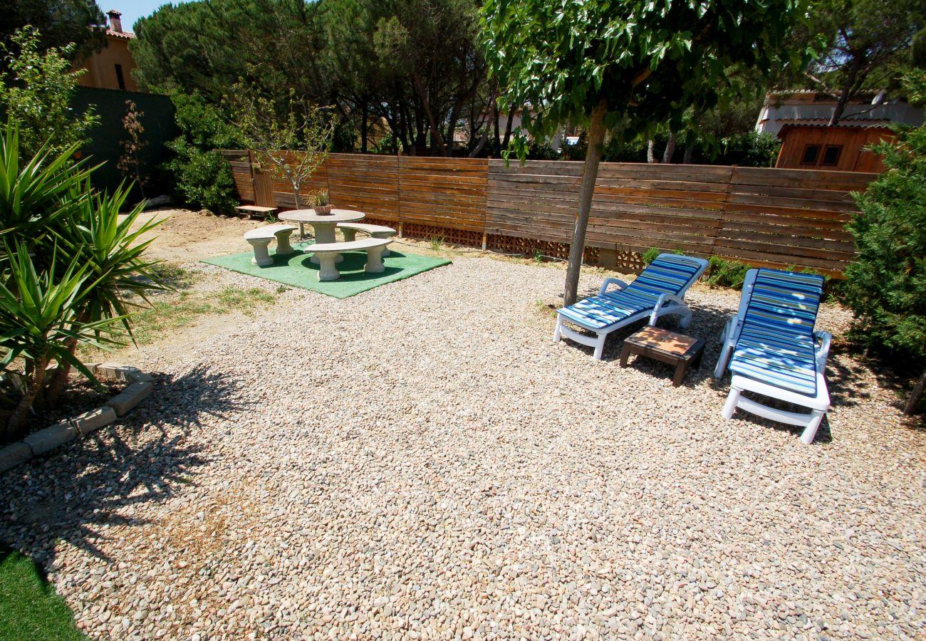 House in Torroella de Montgri - Xaloc - private pool, WiFi, Aircon, SAT TV and large garden